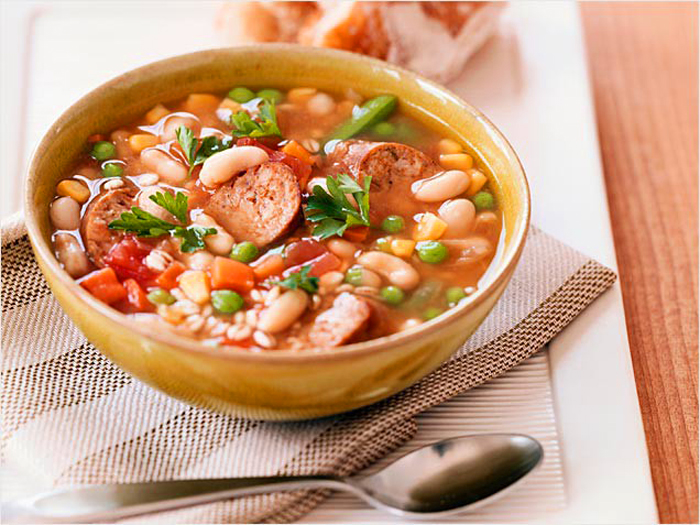 Pasta E Fagioli Soup (Italian Pasta And Bean Soup)