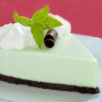 Peppermint Pattie Cream Pie for Chocolate Monday!