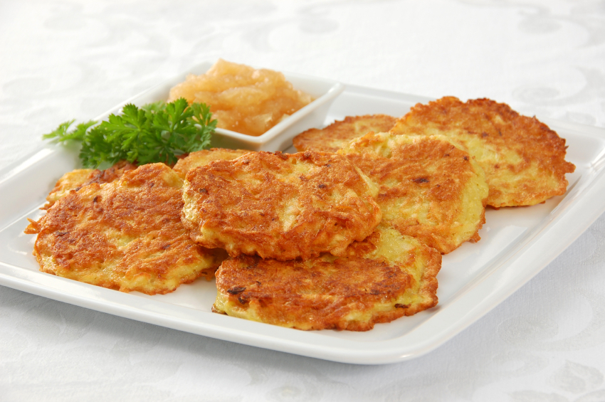 Traditional Potato Latkes with Applesauce