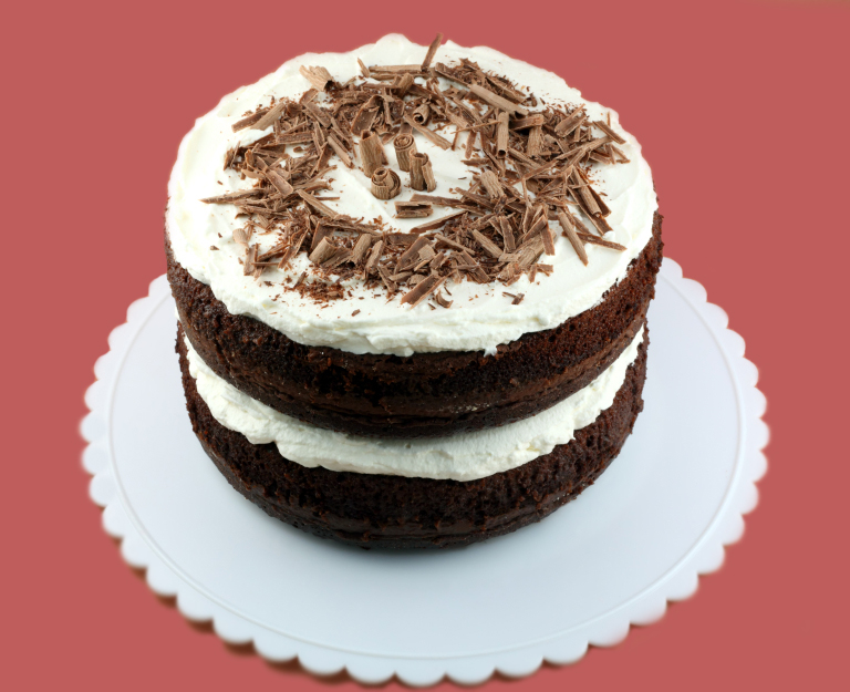 Cake With Icing In It : Hoosier Chocolate Cake with White