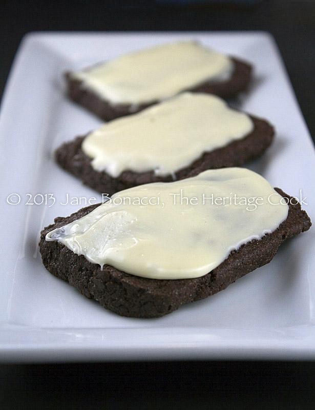 Choc-Cookies-White-Choc-Ganache-01-2013-12