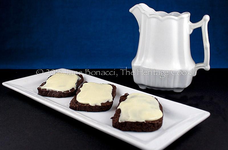 Choc-Cookies-White-Choc-Ganache-01-2013-14