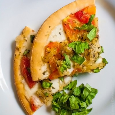 It's Caprese Day at The Heritage Cook … Salad and Pizza Recipes