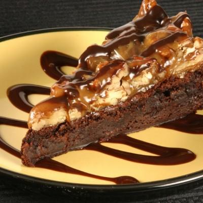 Turtle Brownie Cheesecake Bars for #ChocolateMonday (GF option)