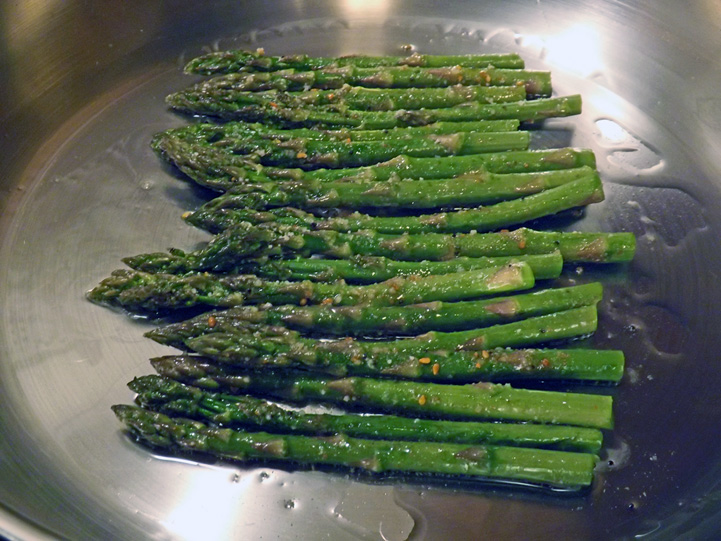 Cheesy Grilled Asparagus; 2014 Jane Bonacci, The Heritage Cook
