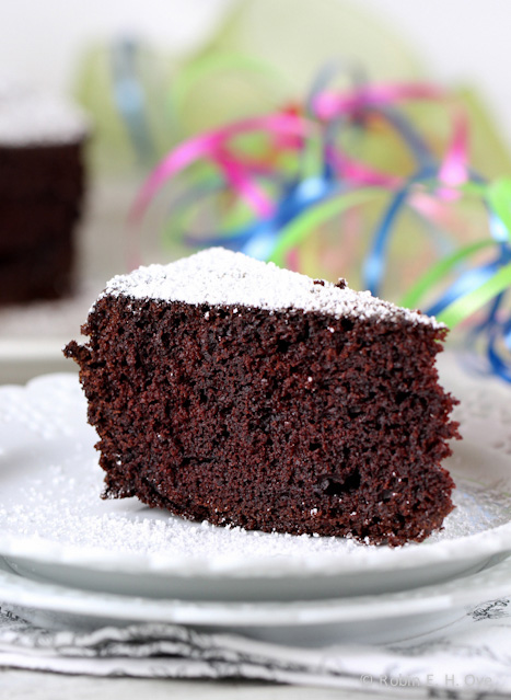Lagunitas Cappuccino Stout Chocolate Cake; 2014 Robin E.H. Ove, What About The Food