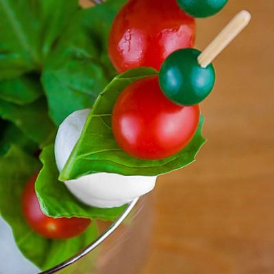 Mozzarella & Tomato Caprese Skewers (Gluten-Free)