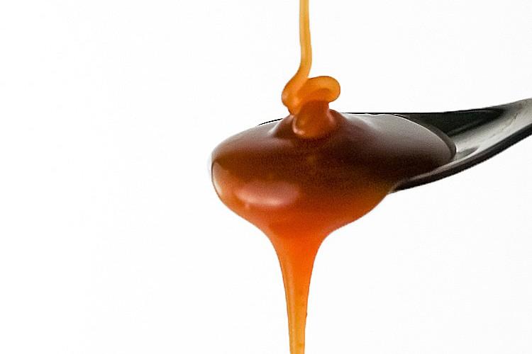 Bourbon-Caramel-Sauce-6-2015-21sq