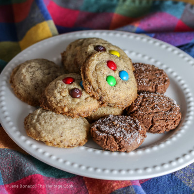 Hazelnut – White Chocolate Chip Cookies (Gluten-Free & Egg-Free)