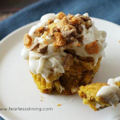 Gluten-Free Pumpkin Butterfinger Cupcakes from Fearless Dining