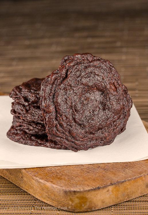 Secret Ingredient Crispy Chocolate Cookies © 2019 Jane Bonacci, The Heritage Cook